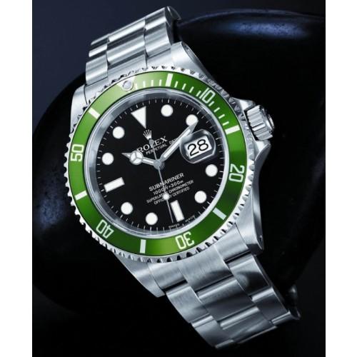 873272aeb14 Qual a diferença da réplica Rolex Submariner 50 anos e do Rolex Submariner  tradicional